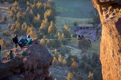 Kletterer bei Smith Rock State Park Lizenzfreies Stockfoto