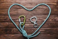 Kletterseil in Form eines Herzens Lizenzfreie Stockfotografie
