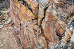 Kletterwand mit weißen Kreidekennzeichen Stockfotografie