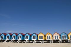 kleurde weinig strand-Huizen royalty-vrije stock foto's