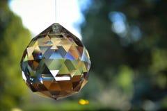 Kleuren in een diamantbal stock foto