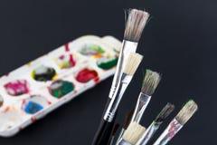 Kleuren en borstels Stock Fotografie