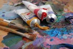 Kleuren en borstels Stock Foto