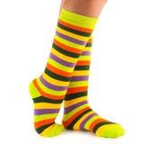 Kleuren gestreepte sokken Stock Fotografie