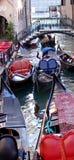 Kleuren van Venetië - gondels Stock Foto