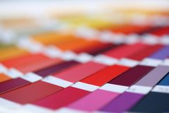 Kleurendruk van de compensatie van pantonestatistieken stock fotografie
