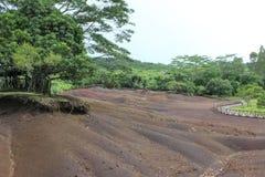 7 kleurenland van Chamarel, Mauritius Stock Foto