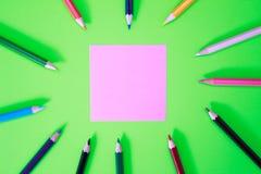 Kleurenpennen in diverse kleuren Royalty-vrije Stock Afbeelding
