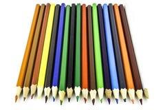 Kleurenpotloden op witte achtergrond Sluit omhoog Mooie kleurenpotloden Kleurenpotloden voor tekening Royalty-vrije Stock Foto's