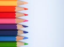 Kleurenpotlood met vrije tekstruimte op whtieachtergrond Royalty-vrije Stock Afbeelding
