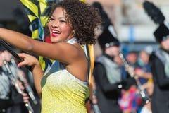 Kleurenwacht/Vlagmeisje, Toernooien van Rozenparade stock afbeeldingen