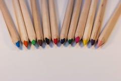Kleurpotloden die samen komen Royalty-vrije Stock Fotografie