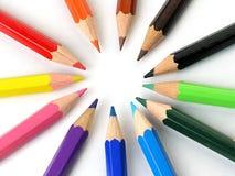 Kleurpotloden in een Rij royalty-vrije stock afbeeldingen