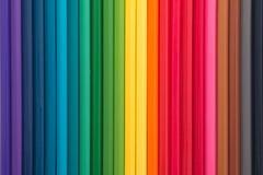 Kleurpotloden en houten spaanders Royalty-vrije Stock Fotografie