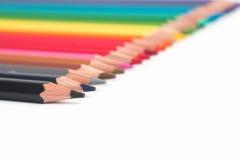 Kleurpotloden en houten spaanders Royalty-vrije Stock Foto