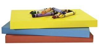 Kleurpotloden op boeken Royalty-vrije Stock Afbeelding