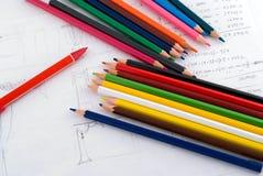 Kleurpotloden op paper2 Royalty-vrije Stock Foto's