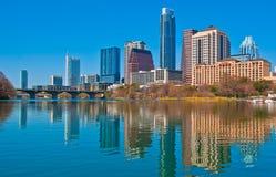 Kleurrijk Austin Sunrise-midden van stadsmeer het drijven Royalty-vrije Stock Afbeelding