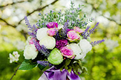 Kleurrijk bloemenboeket Stock Afbeeldingen