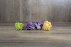 Kleurrijk bloemkoolboeket stock afbeeldingen