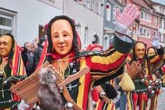 Kleurrijk Carnaval-cijfer die in de camera golven stock afbeeldingen
