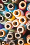 Kleurrijk garen stock foto's