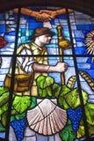 Kleurrijk gebrandschilderd glasvenster in kerk in Granon Royalty-vrije Stock Afbeelding