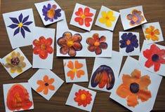 Kleurrijk geschilderd bloemenpatroon Royalty-vrije Stock Foto
