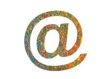 Kleurrijk geschilderd e-maildiesymbool op wit wordt geïsoleerd Royalty-vrije Stock Fotografie