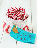 Kleurrijk gestreept suikergoed voor u Royalty-vrije Stock Foto's