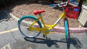 Kleurrijk Google-Fietsdetail stock footage