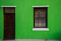 Kleurrijk groen huis in historische buurt BO-Kaap in Cape Town Stock Foto's