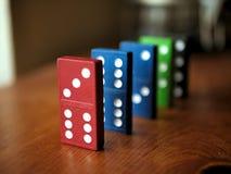 Kleurrijk Houten Toy Dominoes Game Stock Foto's