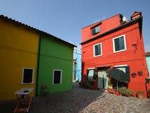 Kleurrijk huis in het beroemde Burano-Eiland dichtbij Venetië Stock Afbeelding