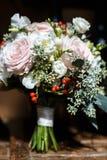 Kleurrijk huwelijksboeket royalty-vrije stock foto's