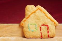 Kleurrijk koekjeshuis royalty-vrije stock afbeelding
