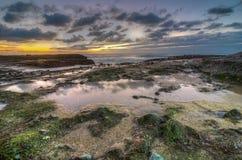 Kleurrijk Laguna Beach oceaanlandschap Stock Foto's