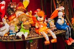 Kleurrijk met de hand gemaakt ceramisch speelgoed Royalty-vrije Stock Afbeelding