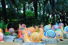 Kleurrijk metaalslakstandbeeld stock foto's