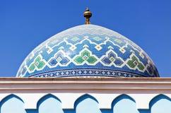 Kleurrijk mozaïek van een oosters dak Stock Foto's