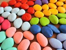Kleurrijk natuurlijk geschilderd stenenpatroon stock fotografie