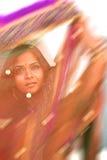 Kleurrijk Onduidelijk beeld van Indische Sari Stock Fotografie
