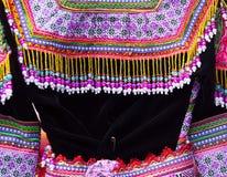 Kleurrijk patroon en details textielkostuum van Aziatische etnisch stock afbeeldingen