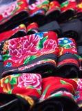 Kleurrijk patroon en details textielkostuum van Aziatische etnisch stock fotografie