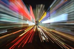 Kleurrijk snelheidsonduidelijk beeld met lichte slepen Stock Afbeelding