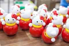 Kleurrijk speelgoed in children& x27; s speelkamer stock foto