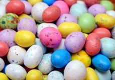 Kleurrijk suikergoed in eivorm Stock Foto's