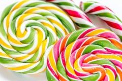 Kleurrijk suikergoed op abstract textuurpatroon als achtergrond Royalty-vrije Stock Foto's
