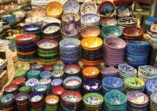 Kleurrijk Turks aardewerk stock afbeeldingen
