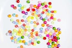 Kleurrijk Vele parels voor ambachten royalty-vrije stock foto